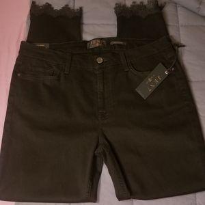 👖Super Cute 7FAM Sz 12 Black Ankle Skinny Jeans